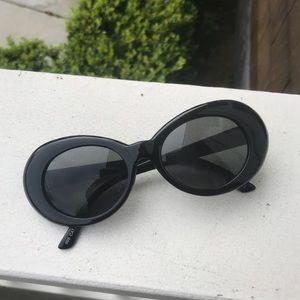 Black Cobain Sunglasses